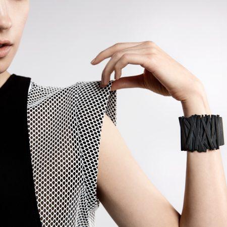 Bracciale shanghai indossato